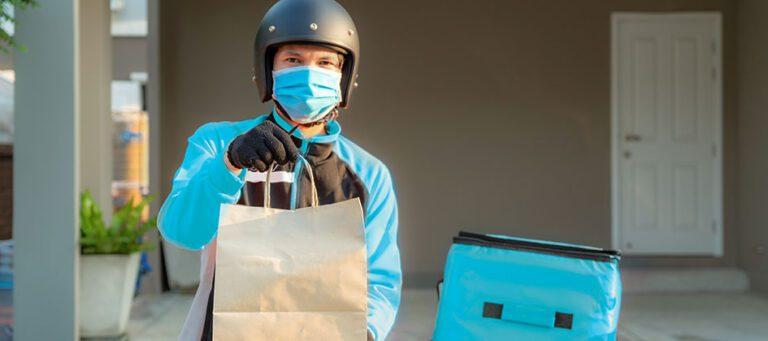 Com o fechamento do comércio tradicional, a alternativa para continuar faturando foi investir no delivery. Quem investiu, está comemorando.
